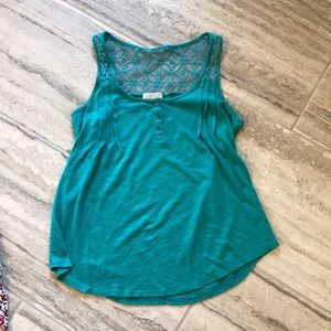 Tank top with lace and button details